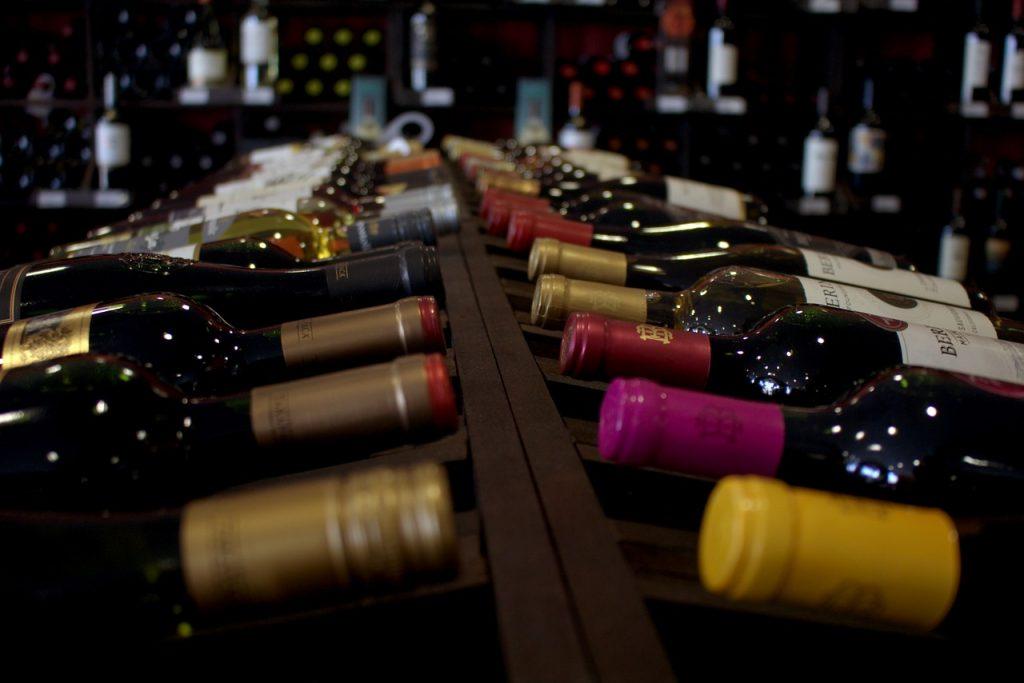 Wine Wines Wine Bar Drink  - gusaap / Pixabay